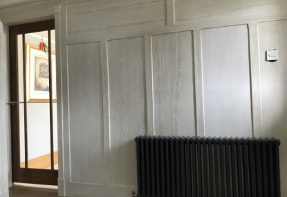 cerused woodgrain paint effect to hall panelling